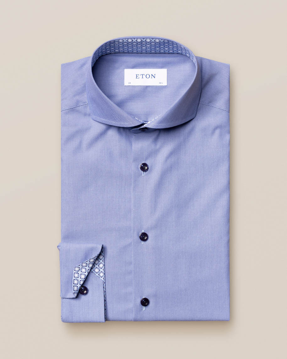 Blue hairline striped shirt – navy details