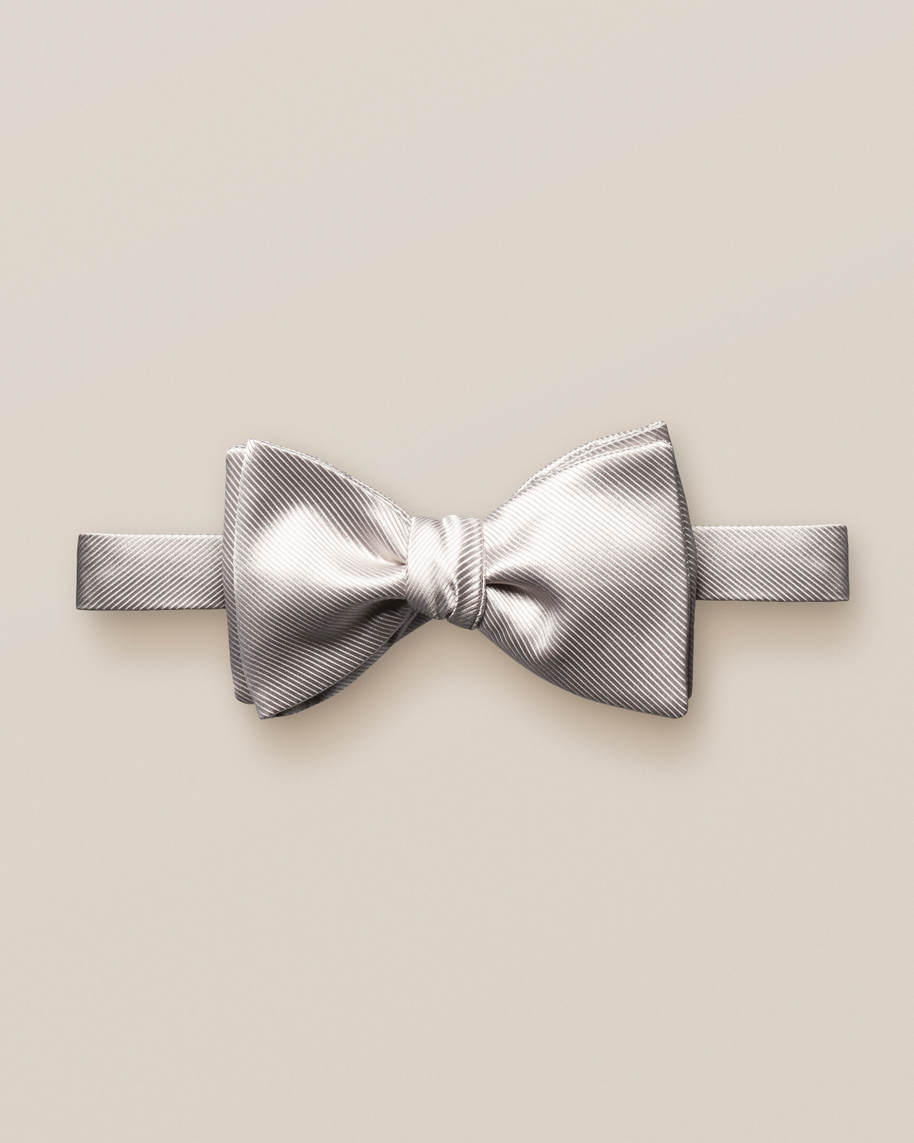 Nougat bow tie – self tied