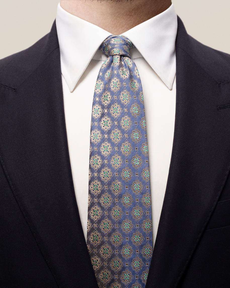 Blue medallion square tie